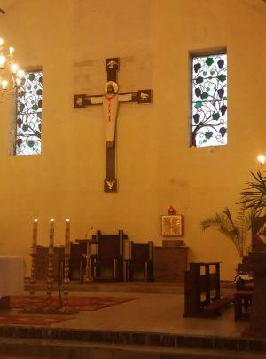 97_Prezbiterium_kościoła_Lubań